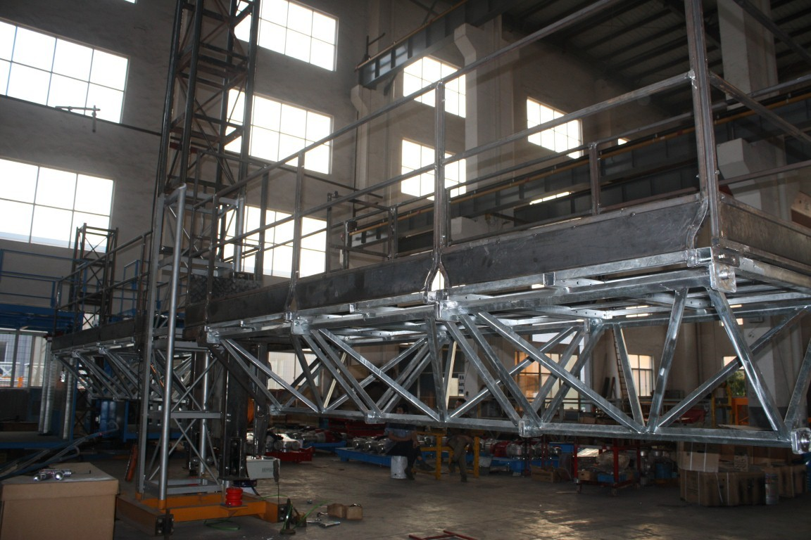Mast Climbing Aerial Work Platform for Glass Wall Installation